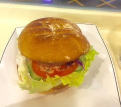Den Burger kann ich Euch nur empfehlen.