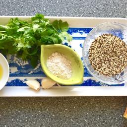 Easy Quinoa Falafel (vegan)