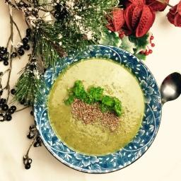 Creamy zucchini coriander soup – vegan