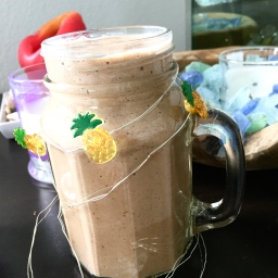 Very simple chocolate shake – vegan, no sugar added