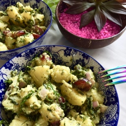 Super summery potato salad (vegan)