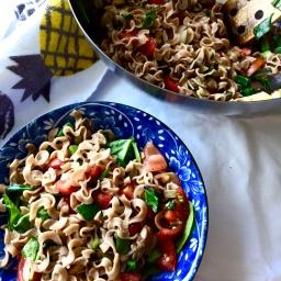 Baby-spinach-noodle-salad (vegan)